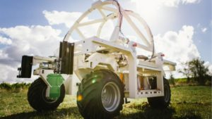 Vineyard weeding Robot-Naio-Technologies